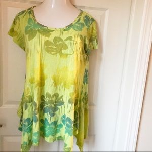 Fresh produce green floral top